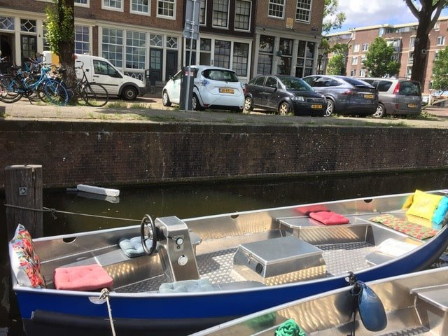 rent a sloop Amsterdam Canals Cheap